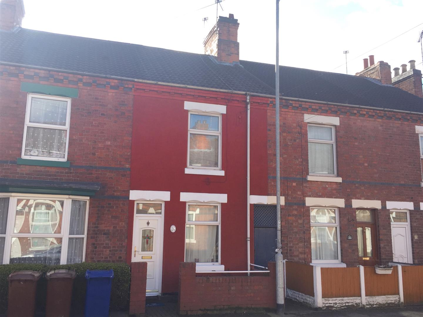 3 Bedrooms Terraced House for sale in Bearwood Hill Road, Burton-On-Trent